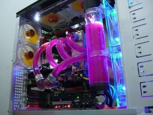 【画像】芸術の域に達している自作パソコンが凄い!!の画像(30枚目)