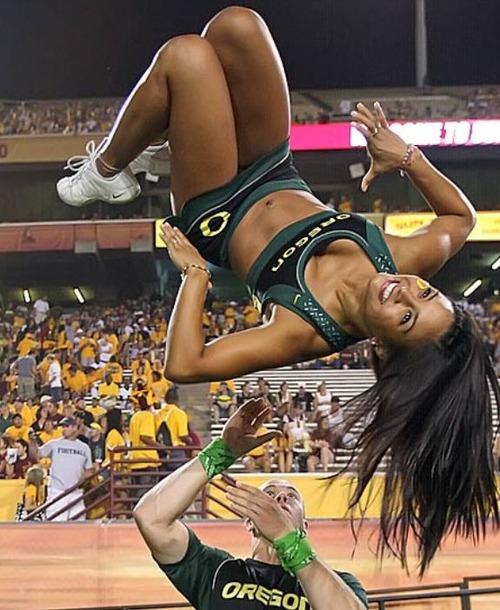 【画像】スポーツの凄いことになってる決定的瞬間!!の画像(12枚目)