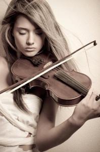 3人同時に弾けるバイオリン