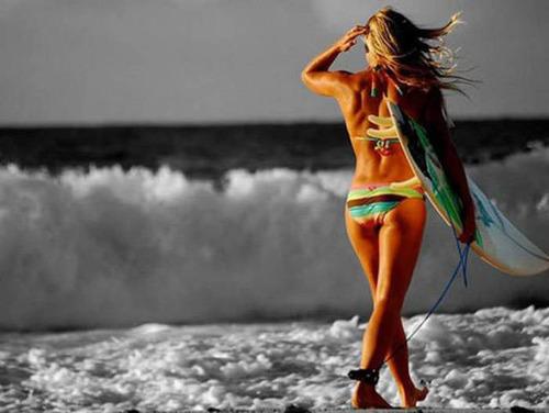 可愛くて魅力的なサーフィンしている女の子の画像の数々!!の画像(45枚目)