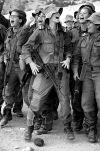可愛いけどたくましい!イスラエルの女性兵士の画像の数々!!の画像(82枚目)