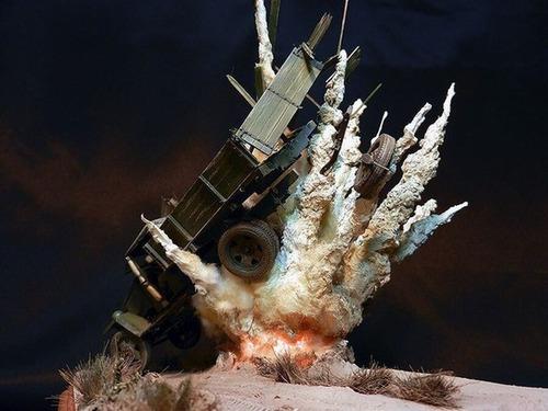 【画像】爆撃を受けたトラックのジオラマの躍動感が凄い!!の画像(5枚目)