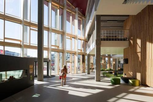 【画像】コペンハーゲンの小学校が子供の秘密基地のよう!!の画像(9枚目)