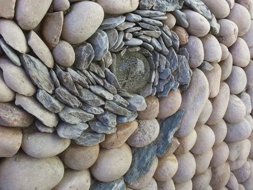 【画像】石垣が渦を巻く!!ぐるぐる廻っている石垣がカッコいい!!の画像(4枚目)