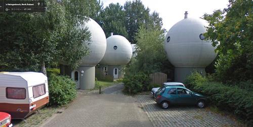 泡のような丸っこい家3