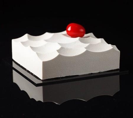 幾何学模様の不思議なケーキ15