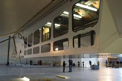 世界最大の飛行船「Airlander10」の画像(10枚目)