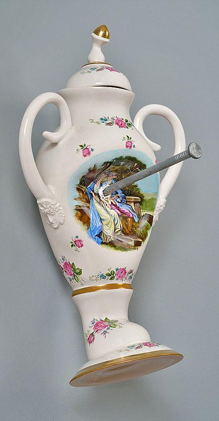 破壊された陶器の画像(11枚目)