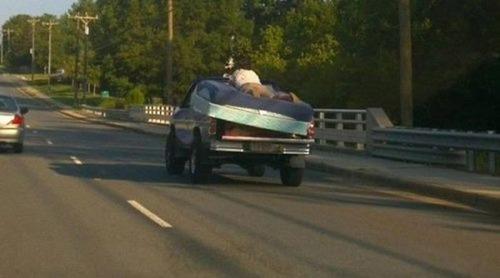 運搬している自動車の画像(22枚目)