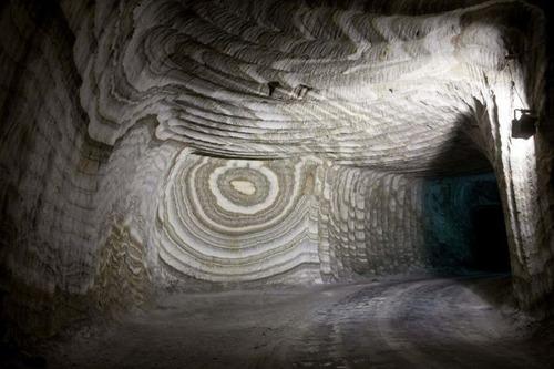 塩の洞窟!シチリア島にある岩塩の鉱山が神秘的で凄い!!の画像(29枚目)