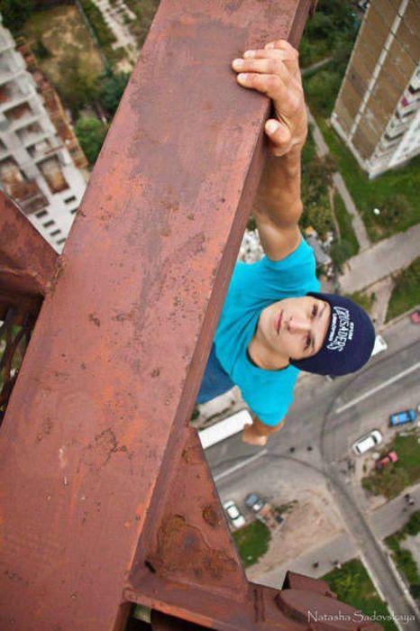 高くて怖い!!高所での怖すぎる記念写真の数々!!の画像(9枚目)