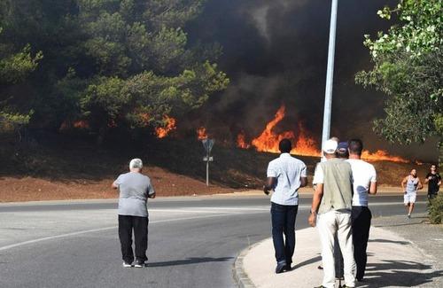 フランスのマルセイユの山火事の画像(26枚目)