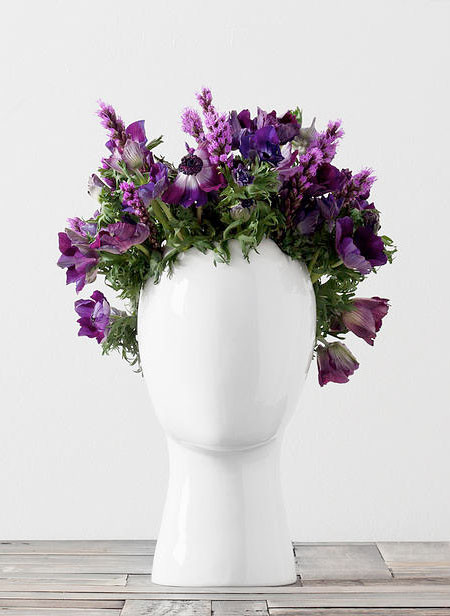 【画像】人の頭から花や植木が生えてくる植木鉢wwwの画像(2枚目)