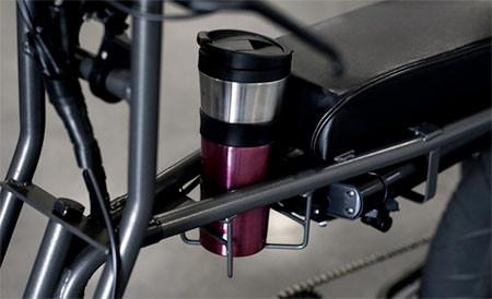 【画像】気分はアウトロー!バイクのように乗れる電動自転車!!の画像(13枚目)
