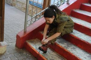 可愛いけどたくましい!イスラエルの女性兵士の画像の数々!!の画像(18枚目)