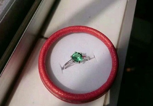 100円以下の宝石で作った指輪の画像(6枚目)