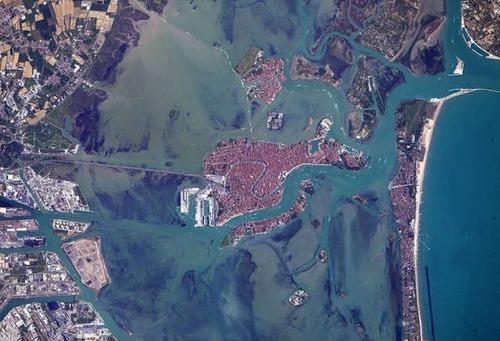 宇宙飛行士しか見ることが出来ない地球の絶景の画像の数々!!の画像(38枚目)