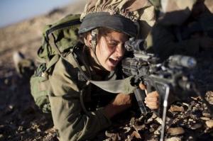 可愛いけどたくましい!イスラエルの女性兵士の画像の数々!!の画像(4枚目)