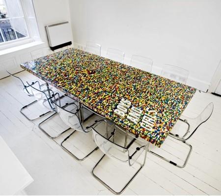 レゴで作った大きなテーブル00