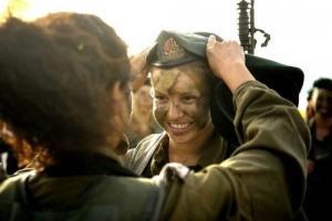 可愛いけどたくましい!イスラエルの女性兵士の画像の数々!!の画像(19枚目)