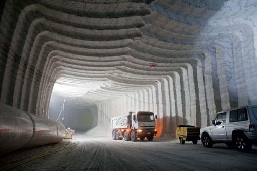 塩の洞窟!シチリア島にある岩塩の鉱山が神秘的で凄い!!の画像(15枚目)