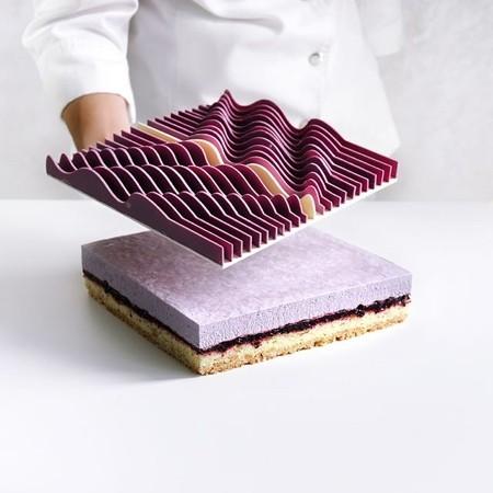 幾何学模様の不思議なケーキ04