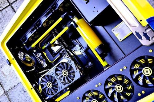 【画像】芸術の域に達している自作パソコンが凄い!!の画像(21枚目)