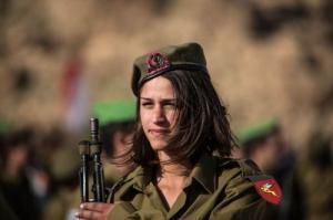 可愛いけどたくましい!イスラエルの女性兵士の画像の数々!!の画像(34枚目)