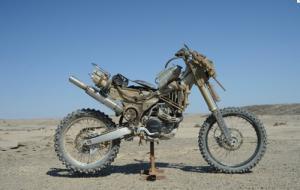 【画像】映画マッドマックスに出ていたバイクが凄い事になっている!の画像(15枚目)