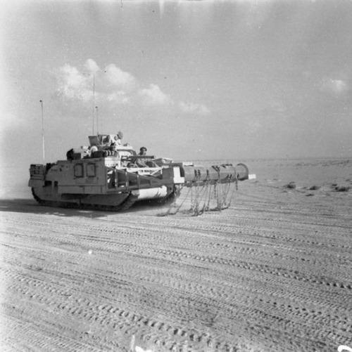 撤去は大変…昔の地雷処理戦車の画像の数々!!の画像(4枚目)