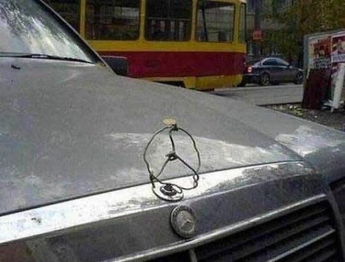 【画像】修理方法が驚異的に雑すぎて、凄いことになってる自動車の数々!!の画像(15枚目)