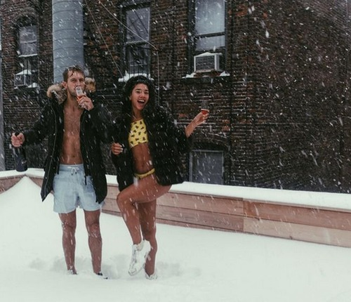 【画像】大雪のニューヨークで日常生活が大変な事になっている様子!の画像(18枚目)