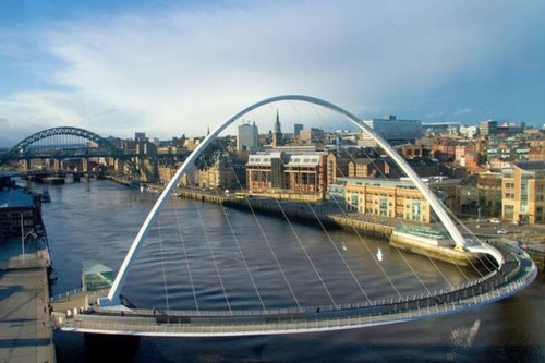 美しい橋の画像(2枚目)