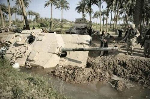 戦車が事故の画像(25枚目)