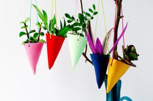 【画像】狭くても大丈夫!小さな植木が綺麗に飾れる工夫の数々!の画像(24枚目)