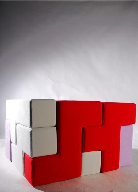 テトリスのブロックでできたソファー04