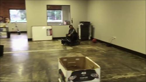 【動画】カートのドリフト運転_000034718