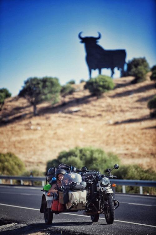 【画像】1台のバイクで家族3人が41カ国を4ヶ月で制覇!!の画像(19枚目)