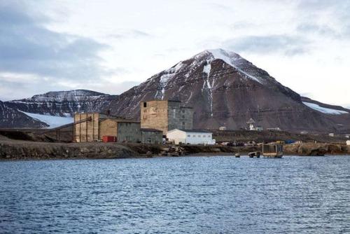 ほぼ世界の最北!極寒の村の風景の画像の数々!!の画像(5枚目)