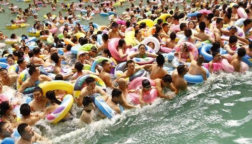 中国のプールの画像(1枚目)
