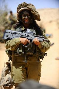 可愛いけどたくましい!イスラエルの女性兵士の画像の数々!!の画像(39枚目)
