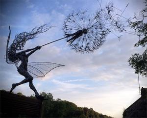 【画像】生きてるみたい!針金で再現された妖精が凄い!!の画像(15枚目)