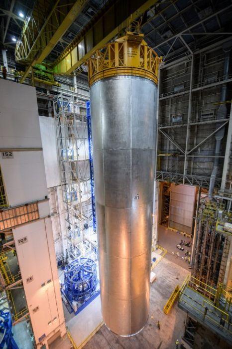 スペースシャトルの燃料タンクの画像(12枚目)