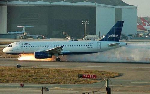 事故=大惨事!笑えるか笑えないか微妙な飛行機事故の画像の数々!!の画像(26枚目)