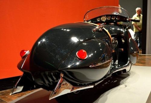 古いけど未来的!?50年以上前に作られたバイクがカッコいい!!の画像(8枚目)