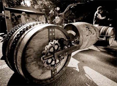 ワインの樽の自転車05