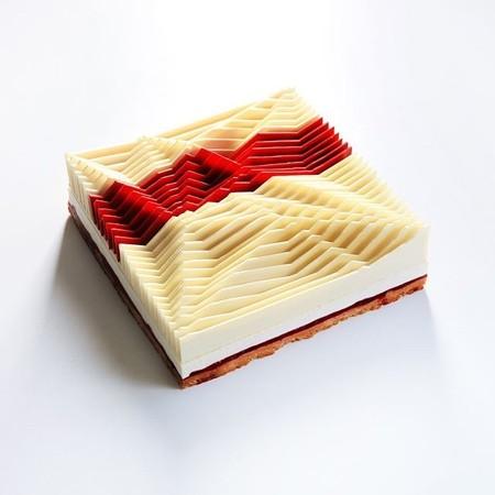 幾何学模様の不思議なケーキ10