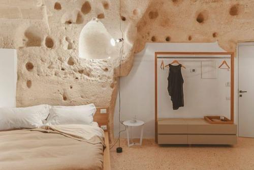 イタリアの洞窟がそのまま住宅街の画像(7枚目)