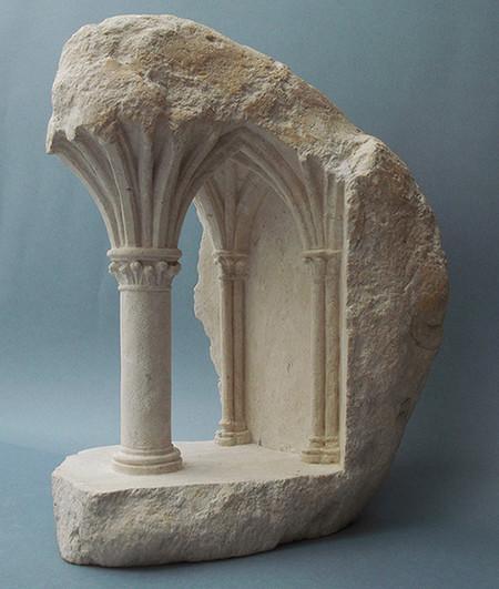 大理石を切り抜いて作った神殿のミニチュア05