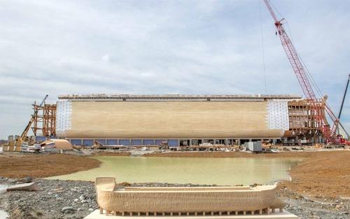 実物大の『ノアの箱舟』の画像(2枚目)